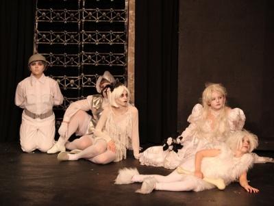 Addams Family pic24.jpg